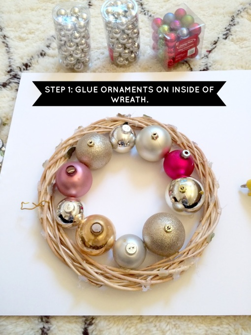 HOW TO MAKE AN ORNAMENT WREATH STEP 1