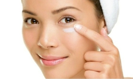 DIY-night-eye-cream